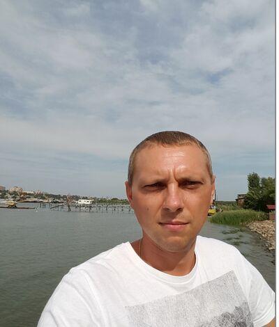���� ������� Pavel, ������-��-����, ������, 36